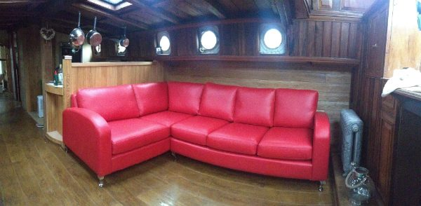Handmade corner sofas made in any leather or fabric to any size ...