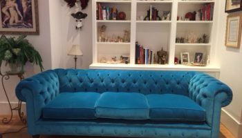 Compton large 3 seater Chesterfield sofa in turquoise velvet