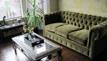 Hutton 3 seater Chesterfield in Moss velvet