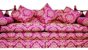 Shakespeare Knole sofa in red and gold damask