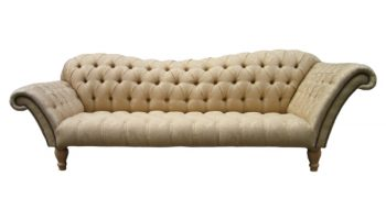 Walcott Chesterfield double-ended chaise longue in gold damask front